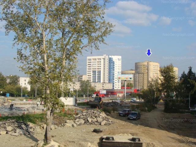 Адрес(а) на фотографии: улица Крауля, 44, 51, Екатеринбург