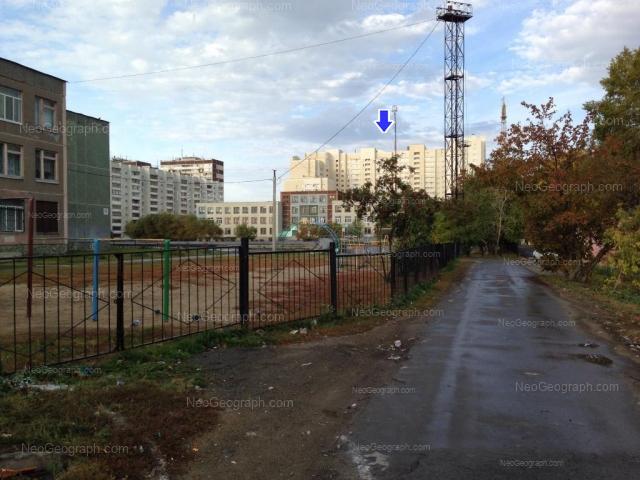 Адрес(а) на фотографии: улица Крауля, 89, 91, 93, Екатеринбург