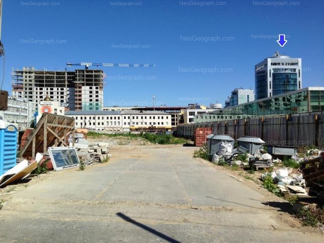 Адрес(а) на фотографии: улица Сакко и Ванцетти, 61, 67, 70, 74, Екатеринбург