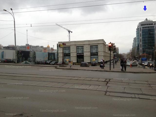 Адрес(а) на фотографии: улица Сакко и Ванцетти, 67, 69, 74, Екатеринбург