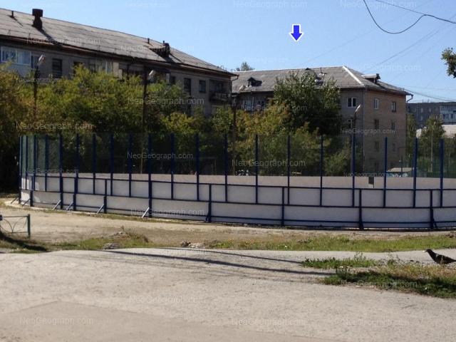 Адрес(а) на фотографии: улица 40 лет ВЛКСМ, 10, 10А, Екатеринбург