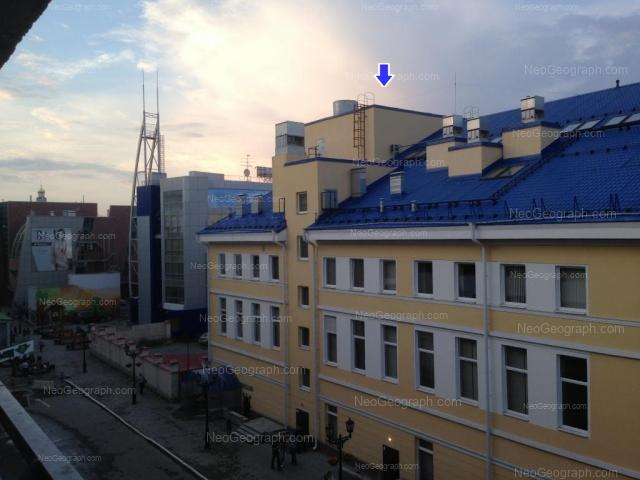 Адрес(а) на фотографии: улица 8 Марта, 36, Екатеринбург