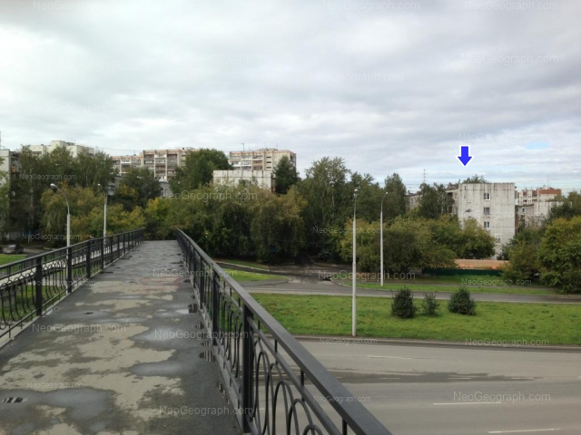 Адрес(а) на фотографии: улица Токарей, 56 к1, 58 к1, Екатеринбург