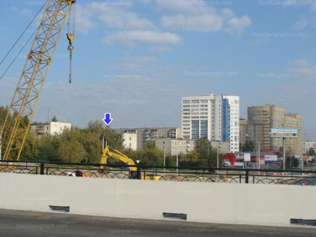 Адрес(а) на фотографии: улица Токарей, 52, 54 к1, 56 к1, 58 к1, Екатеринбург