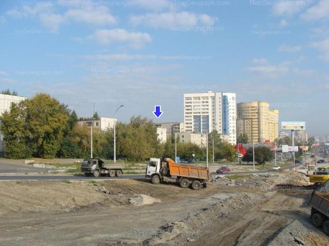 Адрес(а) на фотографии: улица Токарей, 54 к1, 56 к1, 58 к1, 60 к1, Екатеринбург