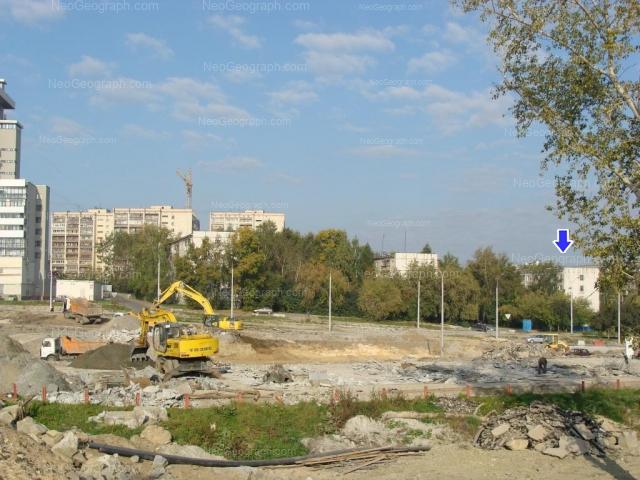 Адрес(а) на фотографии: улица Токарей, 56 к1, 58 к1, 60 к1, 60 к3, 62, 64, 68, Екатеринбург