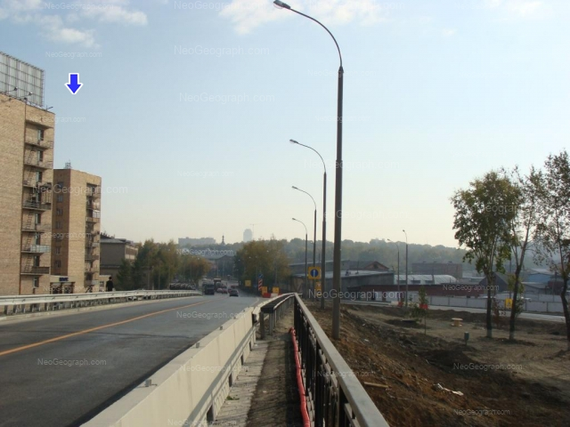 Адрес(а) на фотографии: улица Репина, 17, 19, 32, 32/1, Екатеринбург
