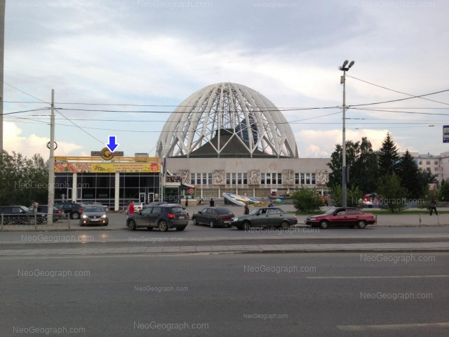 Адрес(а) на фотографии: улица 8 Марта, 43, 43А, 62, Екатеринбург