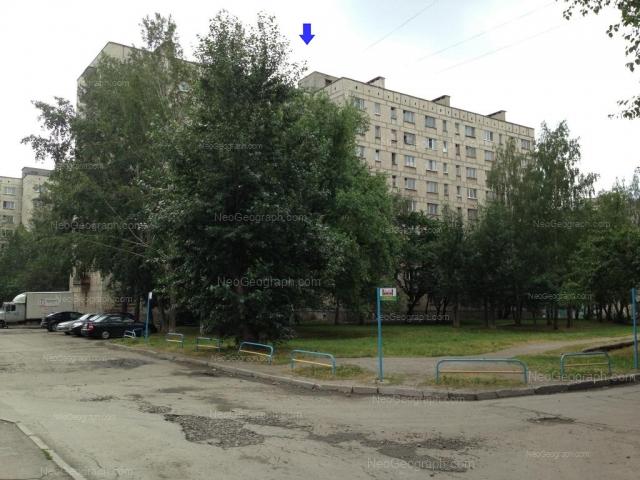 Адрес(а) на фотографии: улица Бакинских Комиссаров, 58, 60, 61, Екатеринбург