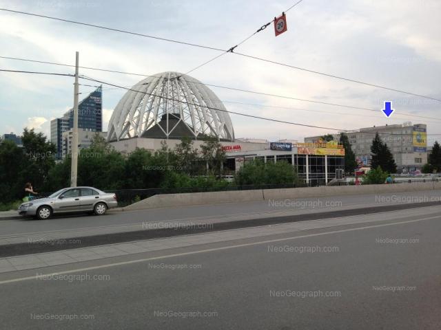 Адрес(а) на фотографии: улица 8 Марта, 43, 43А, 51, 62, Екатеринбург