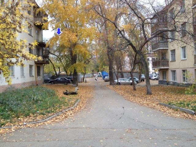 Адрес(а) на фотографии: улица Декабристов, 16/18Б, 16/18В, 16/18Г, 45, Екатеринбург