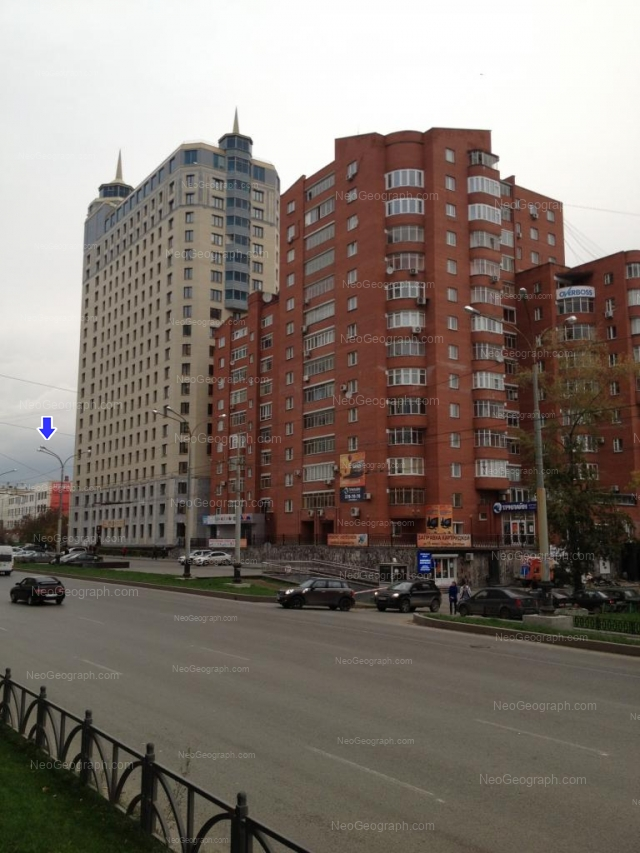Адрес(а) на фотографии: улица Декабристов, 20, Екатеринбург