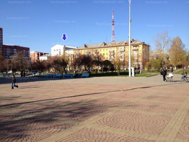 Адрес(а) на фотографии: улица Луначарского, 217, 218, 220, Екатеринбург