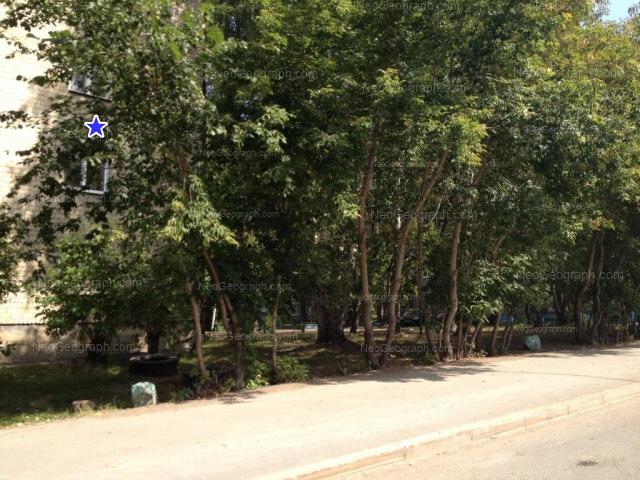 Адрес(а) на фотографии: Хрустальная улица, 43, 45, Екатеринбург