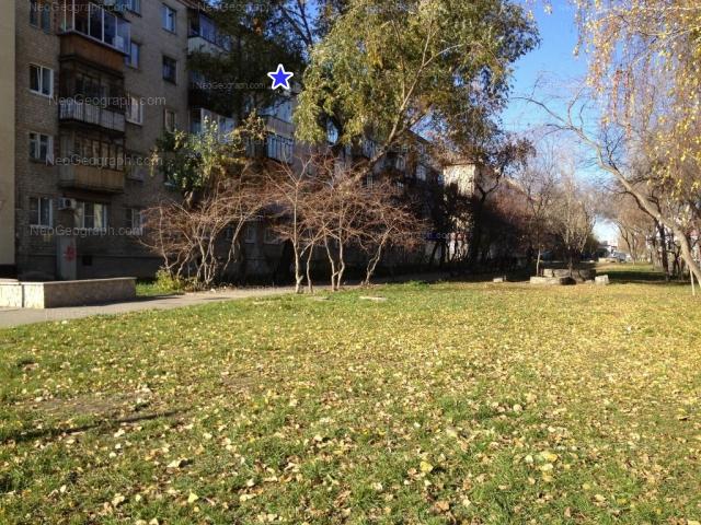 Адрес(а) на фотографии: Восточная улица, 174, 176, Екатеринбург