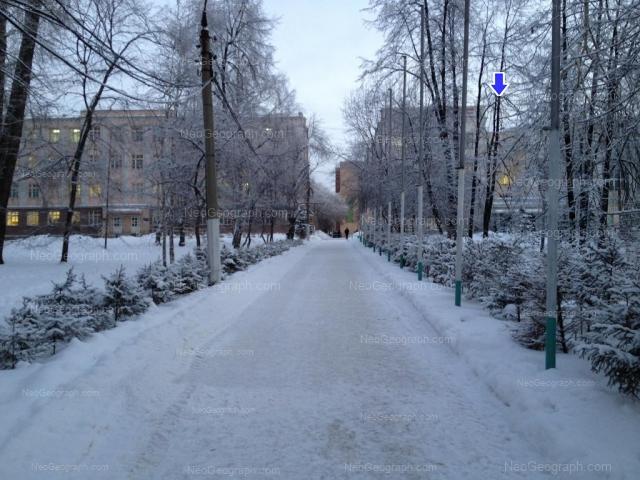 Address(es) on photo: Sibirskiy trakt street, 37, 37/5, Yekaterinburg