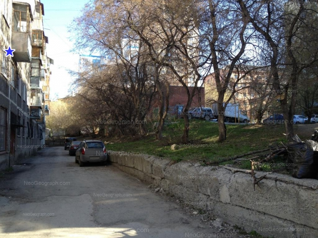 Адрес(а) на фотографии: Московская улица, 70, 76, 80А, Екатеринбург