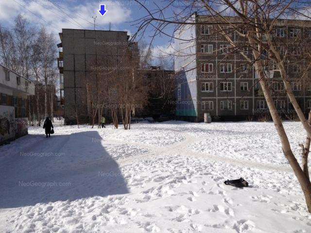 Адрес(а) на фотографии: улица Шаумяна, 98/1, 98/2, 100, Екатеринбург