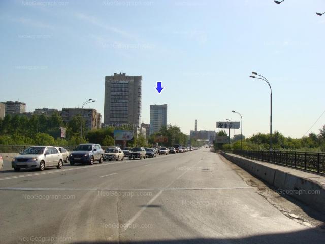 Адрес(а) на фотографии: улица Ткачей, 6, 16а, 20, Екатеринбург