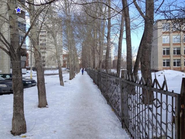 Адрес(а) на фотографии: Ясная улица, 20, 22, 22Б, Екатеринбург