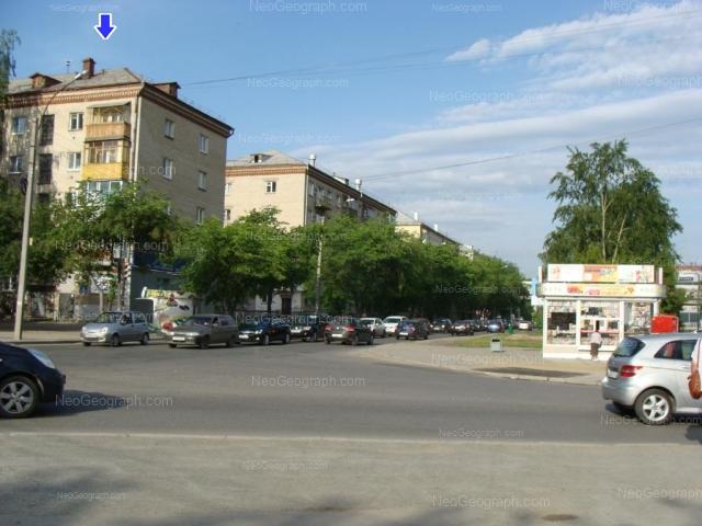 Адрес(а) на фотографии: улица Большакова, 153, 155, 157, Екатеринбург