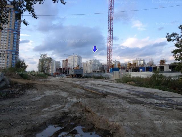 Адрес(а) на фотографии: улица Циолковского, 27, 32, Екатеринбург