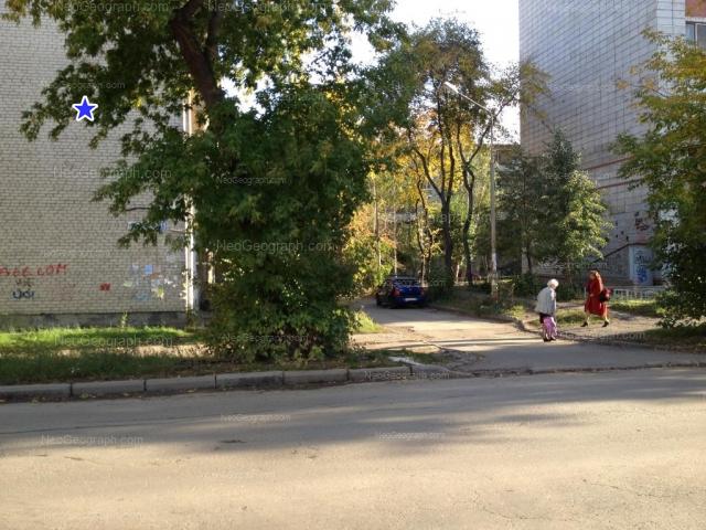 Address(es) on photo: Traktoristov street, 15, 17, 19, Yekaterinburg