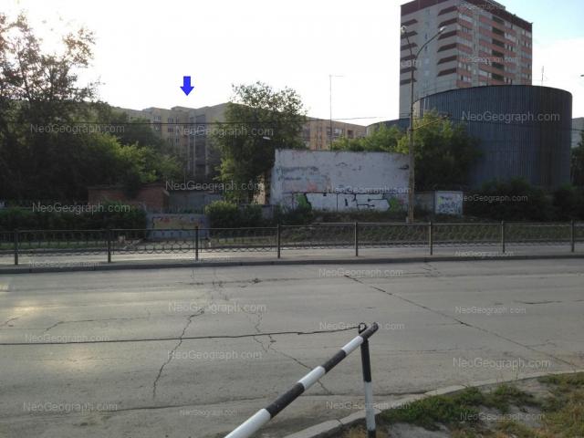 Адрес(а) на фотографии: улица Стачек, 61, 70, Екатеринбург