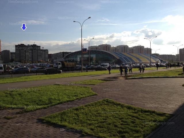 Адрес(а) на фотографии: улица Академика Шварца, 17, 18 к1, Екатеринбург