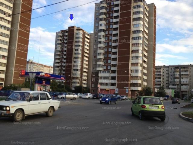 Адрес(а) на фотографии: улица Академика Шварца, 2 к1, 2 к2, 2 к3, 2В, Екатеринбург