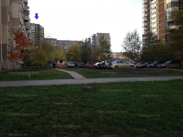 Адрес(а) на фотографии: улица 8 Марта, 185/2, 185/4, Екатеринбург