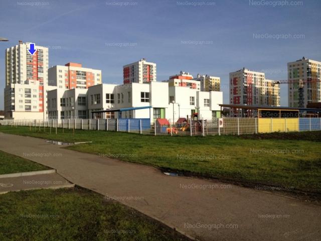 Адрес(а) на фотографии: улица Краснолесья, 99, 101, 113, 115, Екатеринбург
