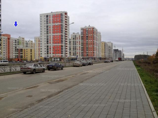 Адрес(а) на фотографии: улица Краснолесья, 111, 113, 123, 125, Екатеринбург