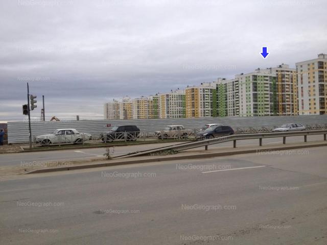 Адрес(а) на фотографии: улица Краснолесья, 99, 101, 103, Екатеринбург