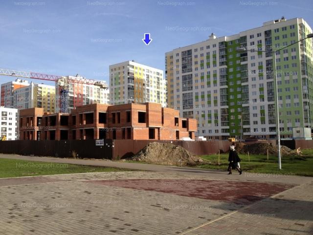 Адрес(а) на фотографии: улица Краснолесья, 97, 99, 101, 103, Екатеринбург