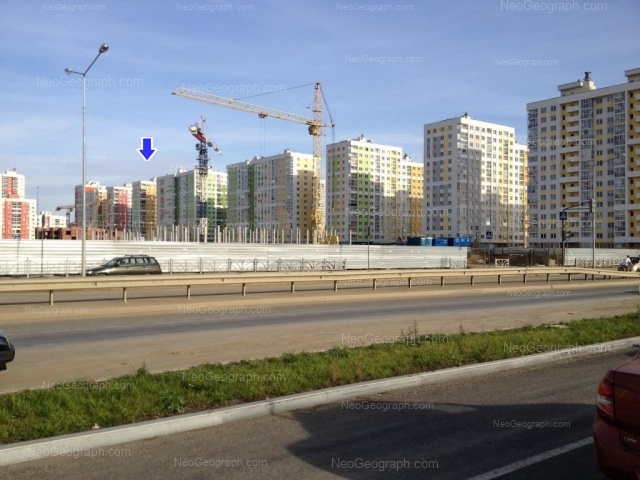 Адрес(а) на фотографии: улица Краснолесья, 99, 101, 103, 107, Екатеринбург