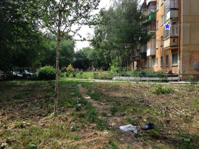 Адрес(а) на фотографии: улица Ильича, 52А, 52Б, Екатеринбург