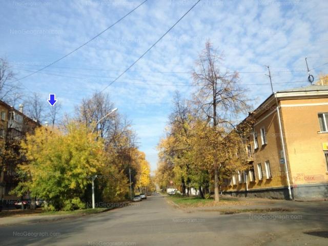 Адрес(а) на фотографии: улица Калинина, 62, 65, Екатеринбург