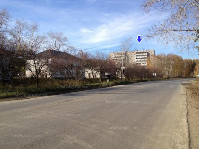 Адрес(а) на фотографии: Варшавская улица, 2А, 2Б, 4, 8, Екатеринбург