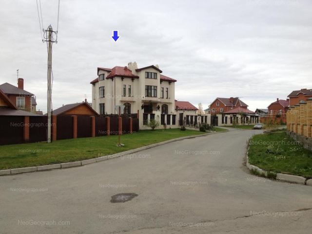 Адрес(а) на фотографии: Колокольная улица, 53, Екатеринбург