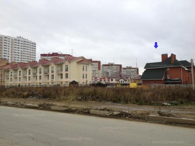 Адрес(а) на фотографии: улица Краснолесья, 23/2, 27, 43, Екатеринбург