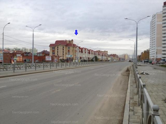 Адрес(а) на фотографии: улица Краснолесья, 23/1, 23/2, 23/3, Екатеринбург