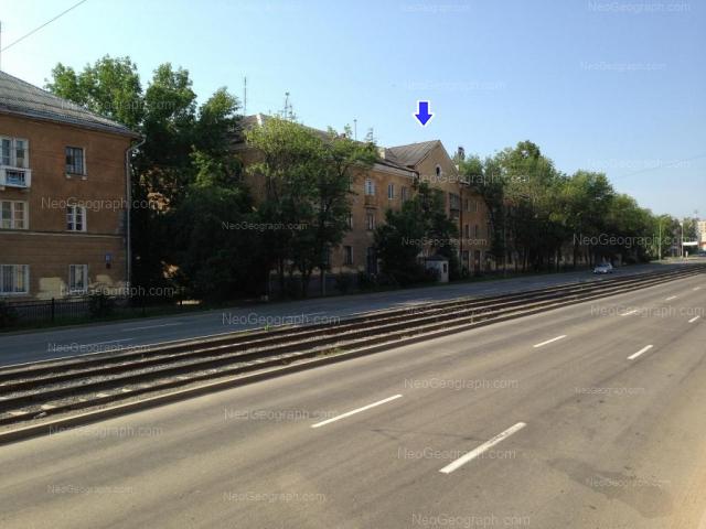 Адрес(а) на фотографии: улица Бакинских Комиссаров, 14, 18, Екатеринбург