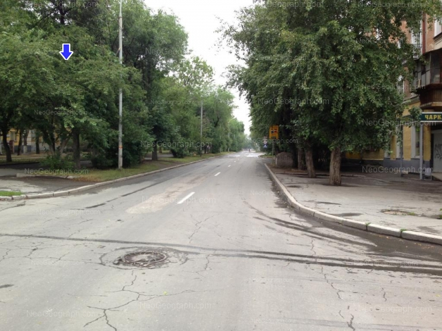 Адрес(а) на фотографии: Кировградская улица, 35, 62, Екатеринбург
