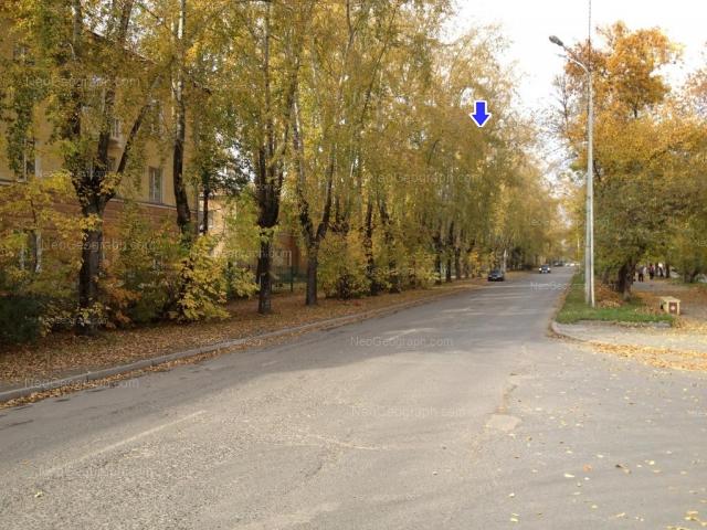 Адрес(а) на фотографии: Кировградская улица, 29, 31, 33, Екатеринбург