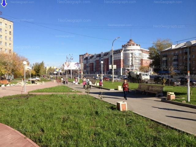 Адрес(а) на фотографии: проспект Космонавтов, 25А, 60, 62, Екатеринбург