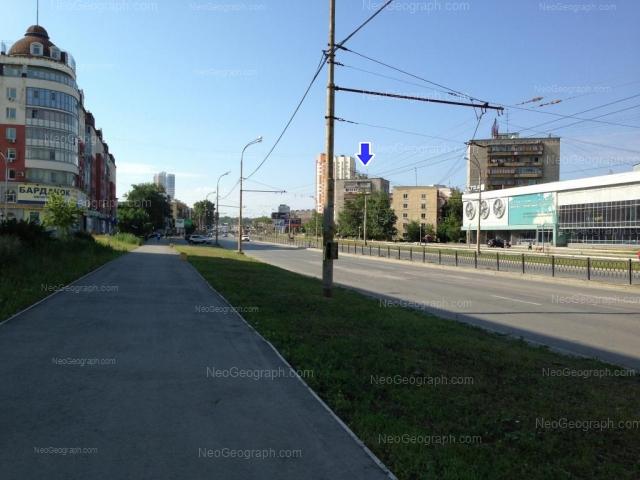 Адрес(а) на фотографии: проспект Космонавтов, 25А, 27, 27А, 29Г, 62, Екатеринбург