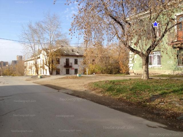 Адрес(а) на фотографии: улица Зои Космодемьянской, 39, 41, Екатеринбург
