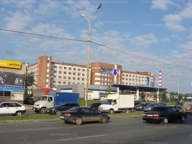 Адрес(а) на фотографии: улица Бебеля, 15, 17, Екатеринбург