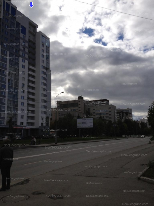 Адрес(а) на фотографии: улица Фурманова, 103, 105А, 107, Екатеринбург